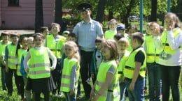 В Жуковском полицейские сделали зарядку вместе учащимися школы-интерната