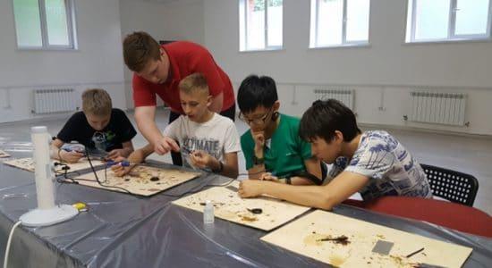 В Жуковском завершилась работа второй летней мастерской для школьников