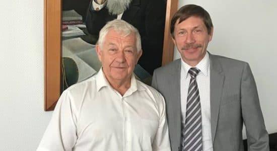 Герою Советского Союза Виктору Пугачеву присвоено звание почетного гражданина