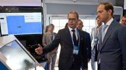 Гендиректор ЦАГИ рассказал главе минпромторга о технологии испытаний