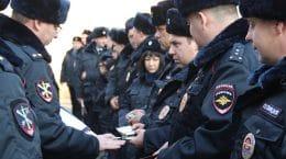 Полицейские города Жуковский одели зимнюю форму