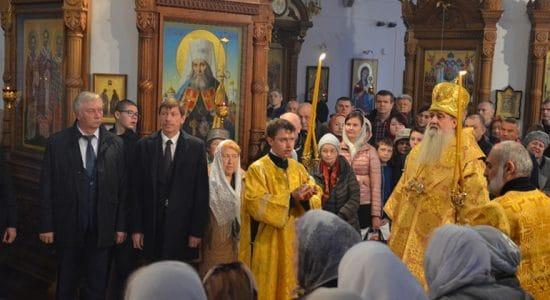 В день памяти новомучеников Жуковских в храме Пантелеимоновского прихода состоялось богослужение
