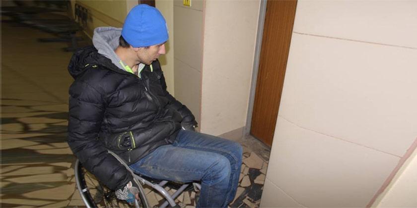 Активисты ОНФ выяснили, куда в Жуковском не попасть колясочникам