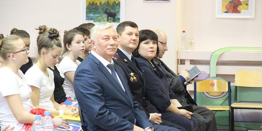 Марафон открыл глава города Жуковский Андрей Войтюк