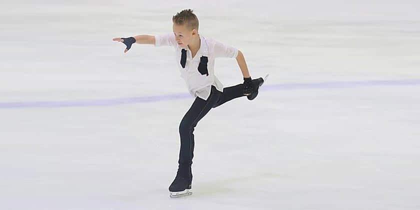 Юные спортсмены из Жуковского успешно выступили в соревнованиях по фигурному катанию в Видном