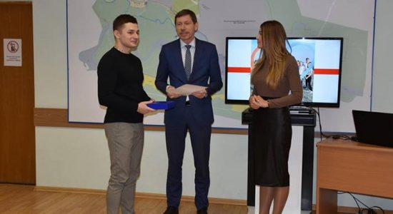 В Жуковском самым активным волонтерам вручили благодарственные письма