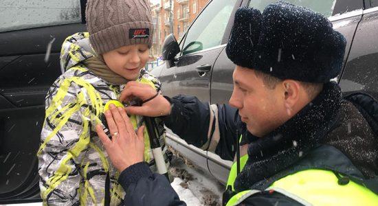 В Жуковском пассажирам и пешеходам напомнили о дорожной безопасности