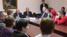 Власти Подмосковья обсудили с жителями расселение из ветхого жилья в Жуковском