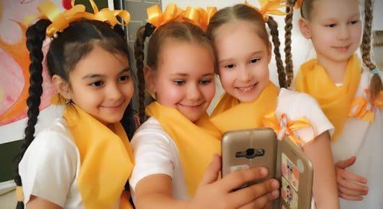 В двух школах города Жуковский запустили челлендж по популяризации ношения световозвращателей