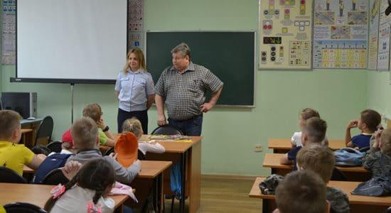 Для воспитанников лагерей дневного пребывания в Жуковском организованы уроки дорожной безопасности