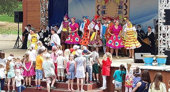 День защиты детей в Жуковском отметили большим детским праздником