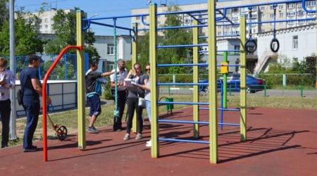 Администрация начала проверку детских и спортивных площадок
