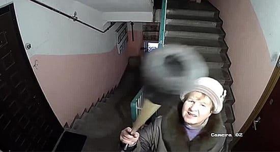 В Жуковском объявлен конкурс на получение субсидии для установки видеокамер в подъездах