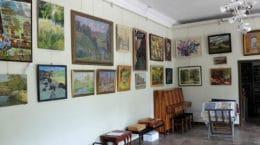 """В галерее """"5 Дом"""" открылась выставка объединения жуковских художников"""
