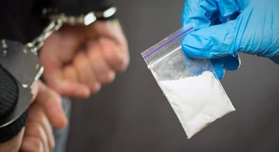В Жуковском сотрудники полиции пресекли незаконный оборот наркотиков