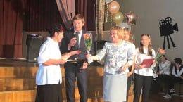 Депутаты-единороссы поздравили жуковских педагогов с наступающим Днем Учителя