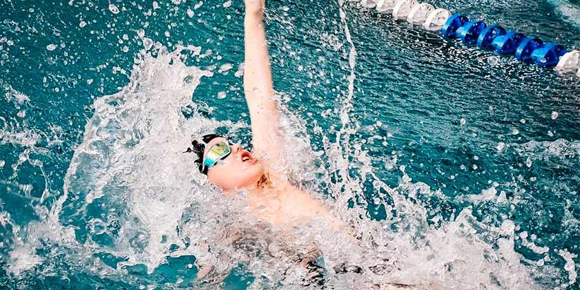 Состоялись соревнования по плаванию «Кубок Метеора»
