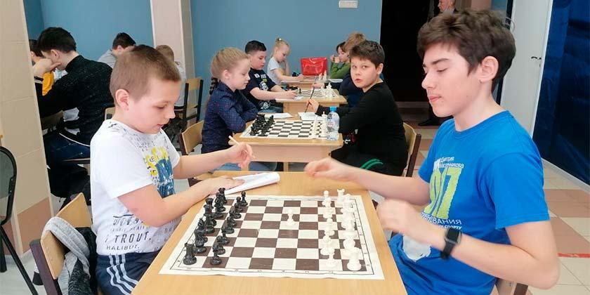 В Жуковском стартовал квалификационный турнир по шахматам среди юношей и девушек